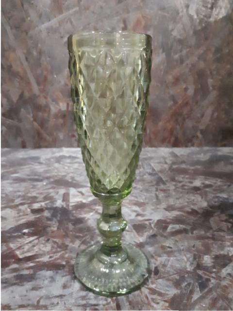 GREEN CHAMPAGNE GLASS